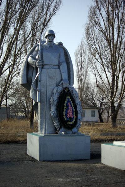 http://www.pomnite-nas.ru/img/213/200806102206580.Sukhodol_pamyat.jpg