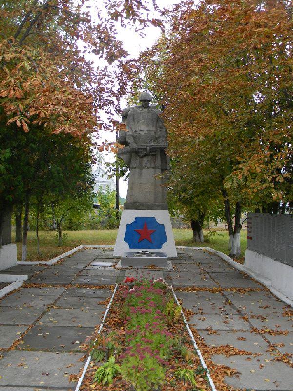 http://www.pomnite-nas.ru/img/222/201110040438040.DSCN4391.JPG